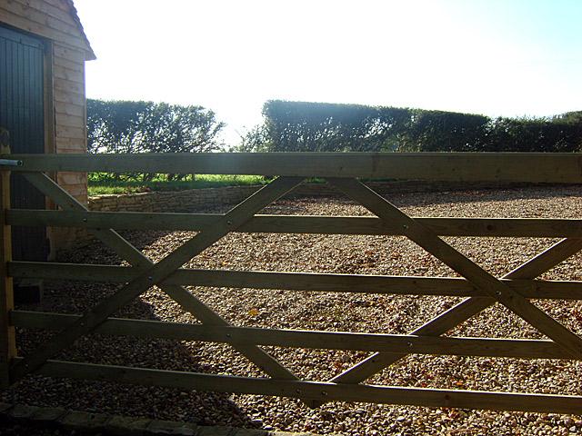 Landscape Garden Surrey : Surrey landscaping landscape gardening stonework